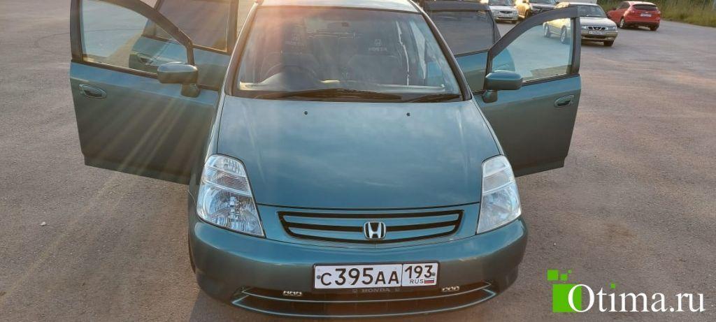 Пробег - 132. 700 км продаётся Honda Streаm 2001 года