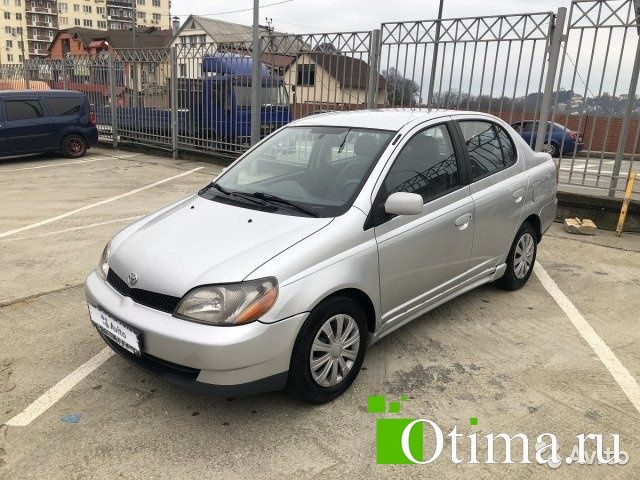 Toyota Echo 1.5 AT, 2001, седан