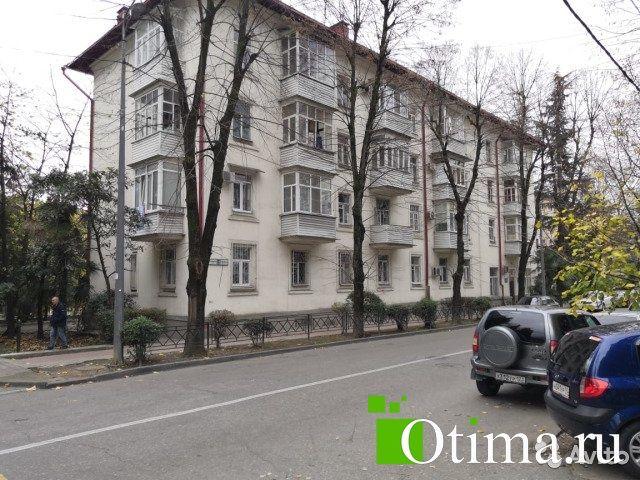 3-к квартира, 80 м², 2/4 эт.